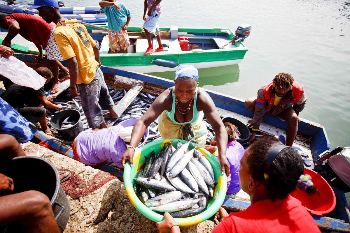 Vakantie Kaapverdië - zeilen langs Kaapverdische eilanden | zeilreis driemaster Oosterschelde